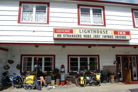 Lighthouse Inn, checking out